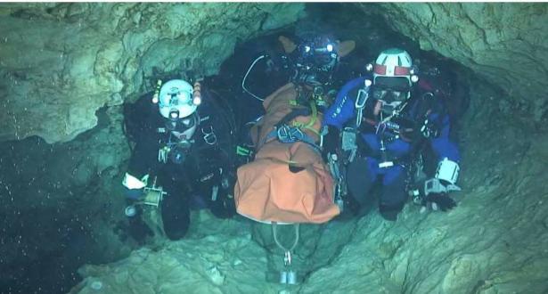 Opération de sauvetage dans une grotte en Thaïlande: six enfants évacués