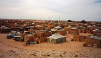 الجزائر تواصل فرض ضرائب على المساعدات الإنسانية الأوروبية الموجهة للمحتجزين بمخيمات تندوف