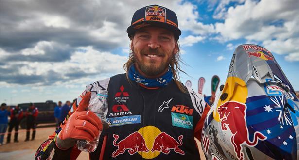 رالي دكار للسيارات والدراجات النارية .. الأسترالي توبي برايس يحقق فوزه الثاني في فئة الدراجات
