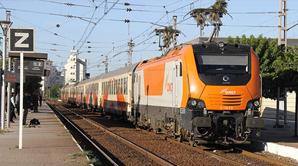 انحراف قطار عن سكته قرب محطة بوسكورة