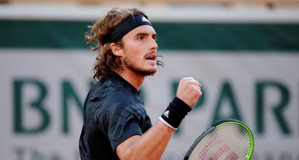 Open d'Australie: Tsitsipas bat Nadal et rejoint Medvedev en demi-finale