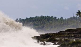 تحذير من تسونامي في آلاسكا بعد زلزال بقوة 7,5 درجات