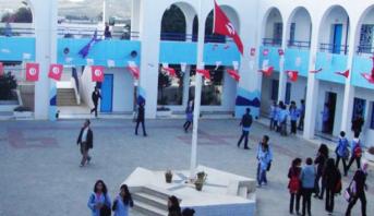 تقديم العطلة الدراسية وإيقاف كل الرحلات البحرية بين تونس وإيطاليا بسبب كورونا