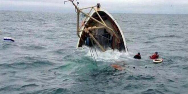 Un mort et trois portés disparus dans le naufrage d'une embarcation clandestine au large de la Tunisie