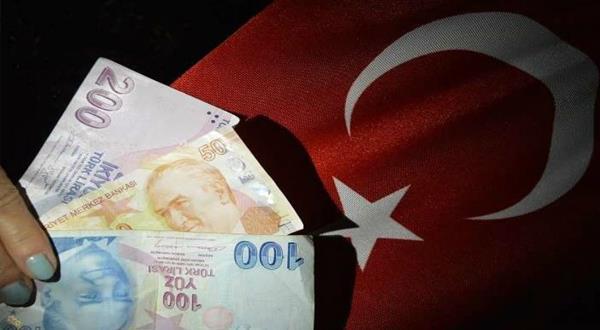 تركيا تحظر بيع العقارات وتأجيرها بالعملات الأجنبية