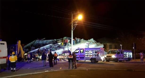 Séisme en Turquie: Au moins 21 morts selon un nouveau bilan