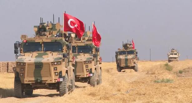 """تركيا تهدد بعملية عسكرية """"وشيكة"""" في إدلب"""