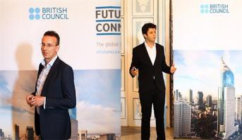 """مغربيان يتألقان في مسابقة """"قادة المستقبل"""" في بريطانيا"""