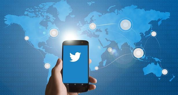 """شبكة """"تويتر"""" .. ارتفاع في الأرباح رغم تراجع أعداد المستخدمين"""