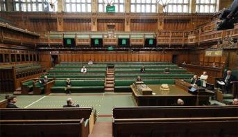 البرلمان البريطاني يستأنف اجتماعاته ونواب يشاركون عبر خدمة الفيديو