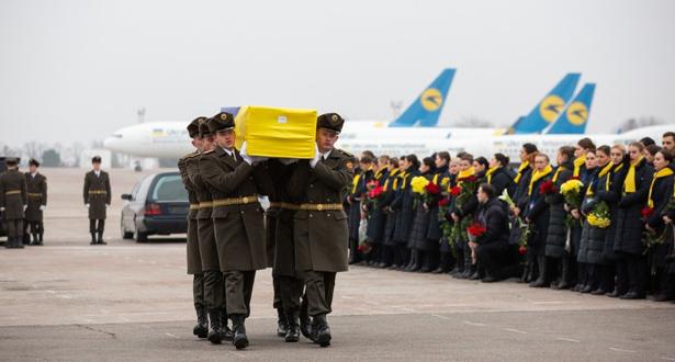 أوكرانيا مصرة على تسلم الصناديق السوداء الخاصة بطائرتها التي أسقطت في إيران