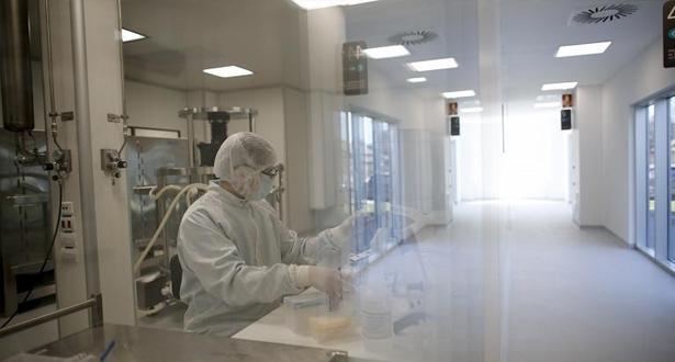 السلطات الأمريكية تدعو الولايات للاستعداد لتوزيع لقاح لكوفيد-19 قبل نونبر