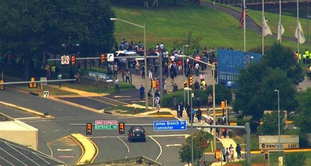 """فرجينيا .. إخلاء مقر صحيفة """"يو إس إي توداي"""" بعد أنباء عن وجود مسلح بالمبنى"""
