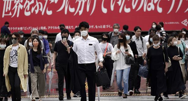 اليابان تخطط لتوسيع نطاق حالة الطوارئ في ظل تزايد الإصابات بفيروس كورونا