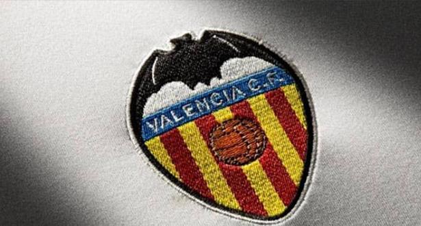 أكثر من ثلث لاعبي نادي فالنسيا الإسباني لكرة القدم مصابون بفيروس كورونا
