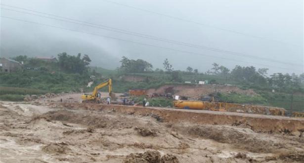Glissement de terrain en Chine: le bilan s'alourdit
