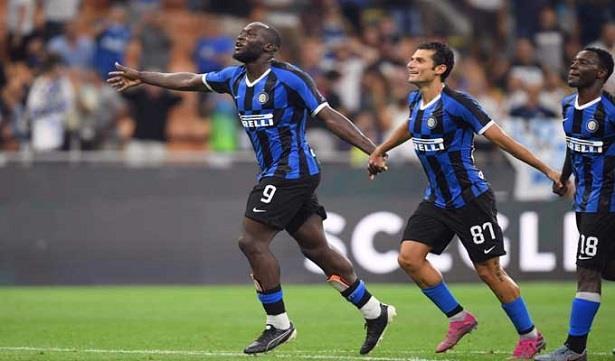 ميلان وإنتر يتواجهان في ربع نهائي كأس إيطاليا