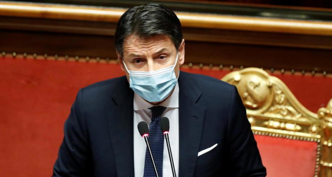 رئيس الوزراء الإيطالي يستقيل رسميا من منصبه