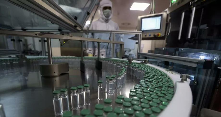 أسترازينيكا تنفي أن تكون انسحبت من اجتماع مع الاتحاد الأوروبي بشأن اللقاح