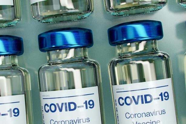 L'UE approuve un nouveau mécanisme de contrôle pour l'exportation des vaccins anti-Covid