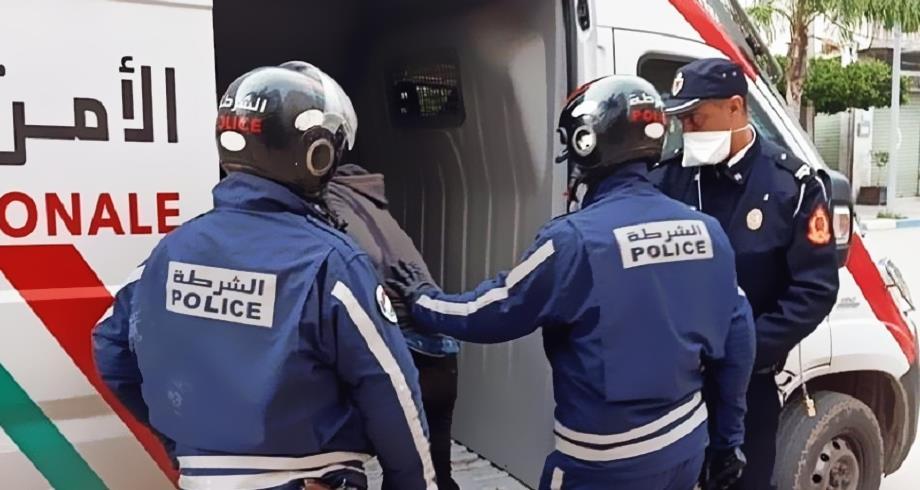الحسيمة..توقيف شخص للاشتباه في تورطه في قضية تتعلق بالاتجار الدولي بالمخدرات والمؤثرات العقلية