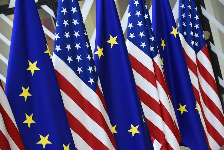 """USA-UE: Bruxelles et Washington soulignent l'importance de renouveler leur partenariat """"stratégique"""""""