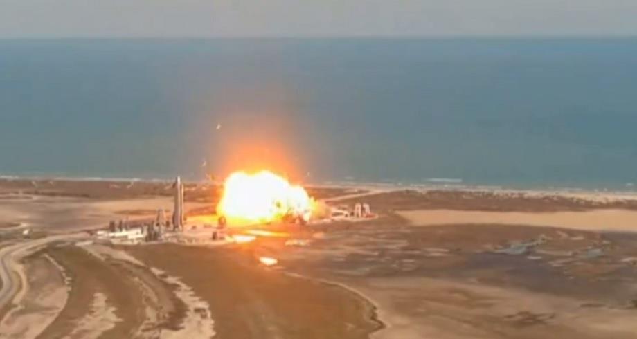 Un prototype de fusée SpaceX s'écrase à nouveau à l'atterrissage