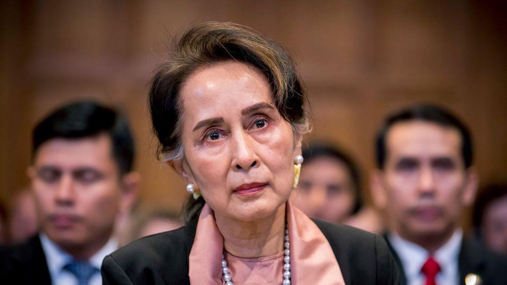 توجيه الاتهام إلى أونغ سان سو تشي وتزايد الدعوات لعصيان مدني