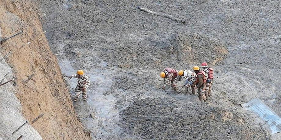 Rupture d'un glacier en Inde : 10 corps retrouvés sans vie