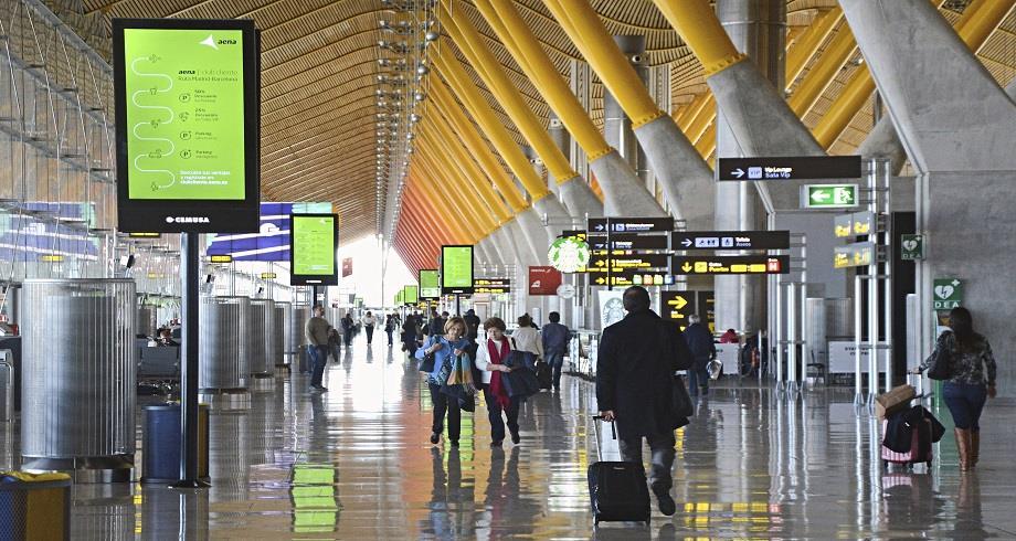 Covid-19: l'Espagne prolonge les restrictions des vols en provenance de l'Afrique du Sud, du Brésil et du Royaume-Uni