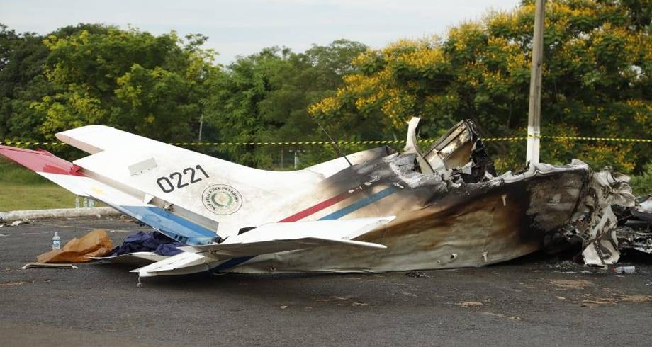 الباراغواي .. مصرع سبعة أشخاص إثر تحطم طائرة تابعة لسلاح الجو
