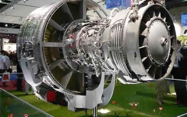 Aéronautique: le Groupe LPF inaugure une nouvelle usine à Casablanca