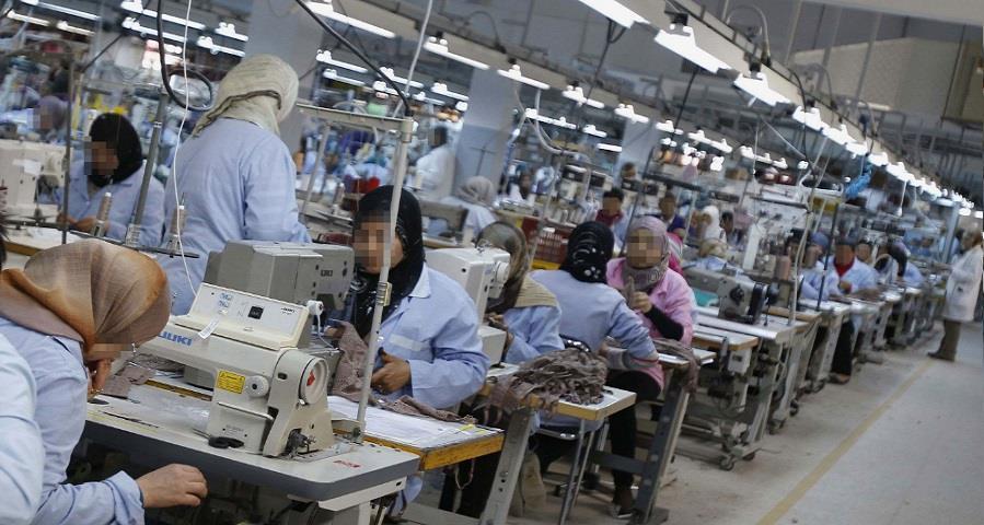 فاجعة طنجة تعيد إلى الواجهة إشكاليات الاقتصاد غير المهيكل وهشاشة وضعية العمال