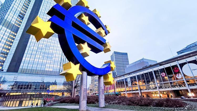 بروكسيل تخفض توقعاتها للنمو في منطقة الأورو لعام 2021