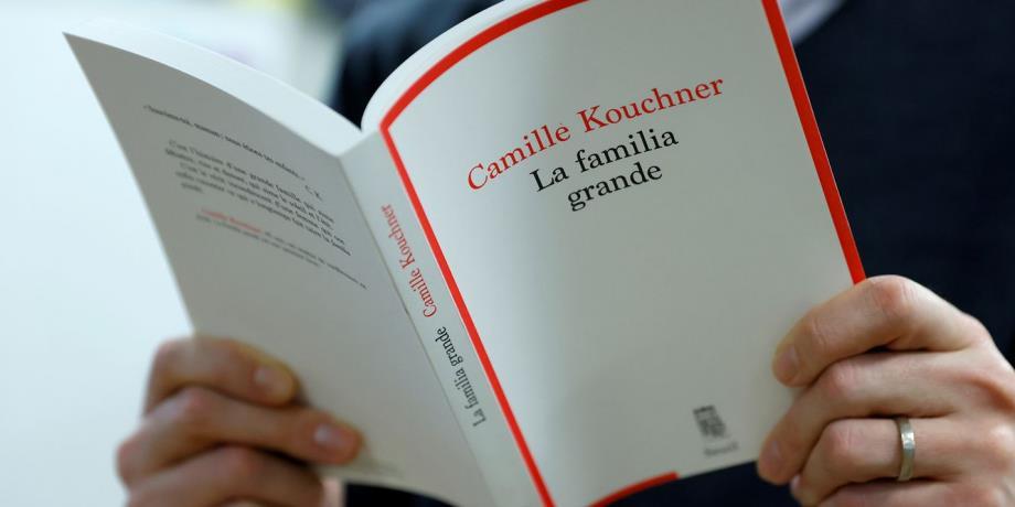 """ضيف التحرير: كتاب """"العائلة الكبيرة"""" يفجر """"زلزال زنا المحارم"""" في فرنسا"""