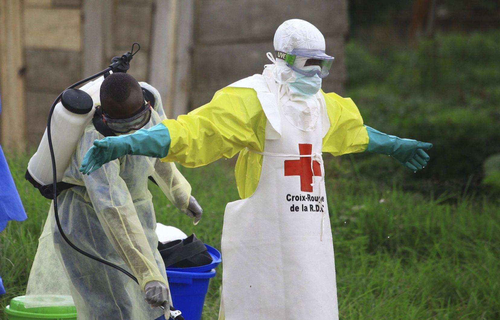 غينيا تسجل سبع حالات إصابة بفيروس إيبولا منها ثلاث وفيات