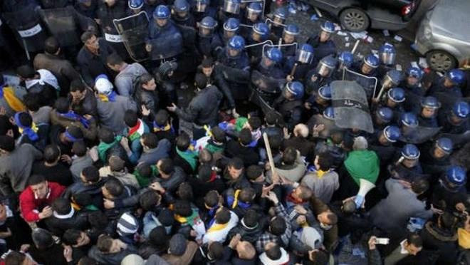 Sofiane Sekhri: tous les ingrédients d'une explosion sociale en Algérie sont réunis