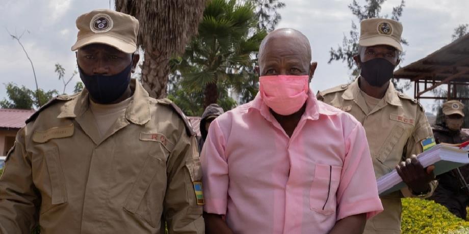 """Chronique Afrique: le héros du film """"Hôtel Rwanda"""" face à la justice"""
