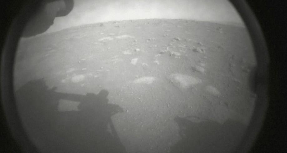 """""""ناسا"""" تعلن هبوط الروبوت """"برسفيرنس"""" على سطح كوكب المريخ"""