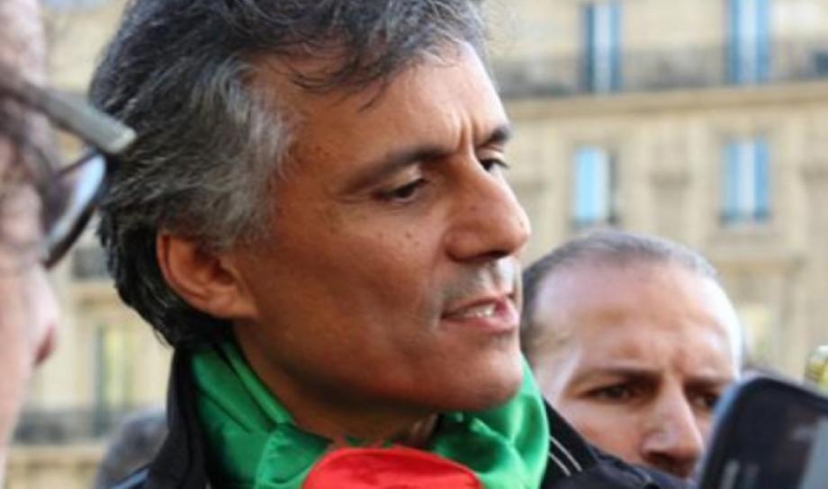 الناشط السياسي الجزائري رشيد نكاز يدخل في إضراب عن الطعام