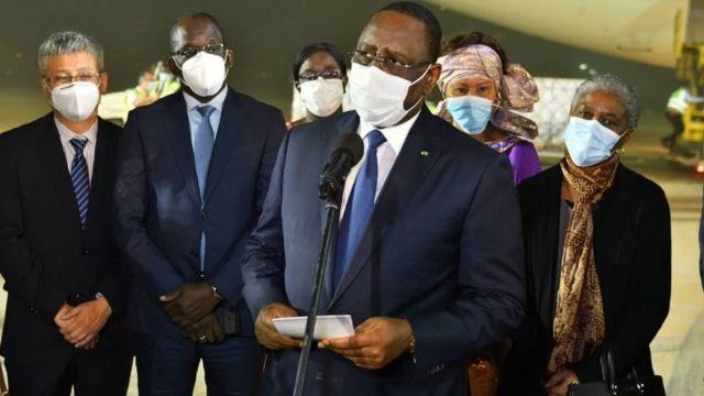 Covid-19: coup d'envoi de la campagne de vaccination au Sénégal