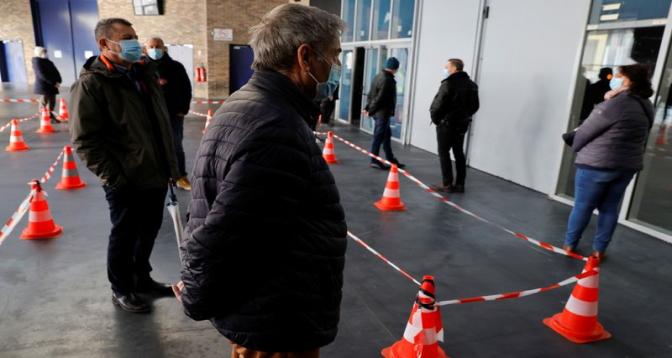 Covid-19 en France : après Nice, le gouvernement envisage des restrictions à Dunkerque