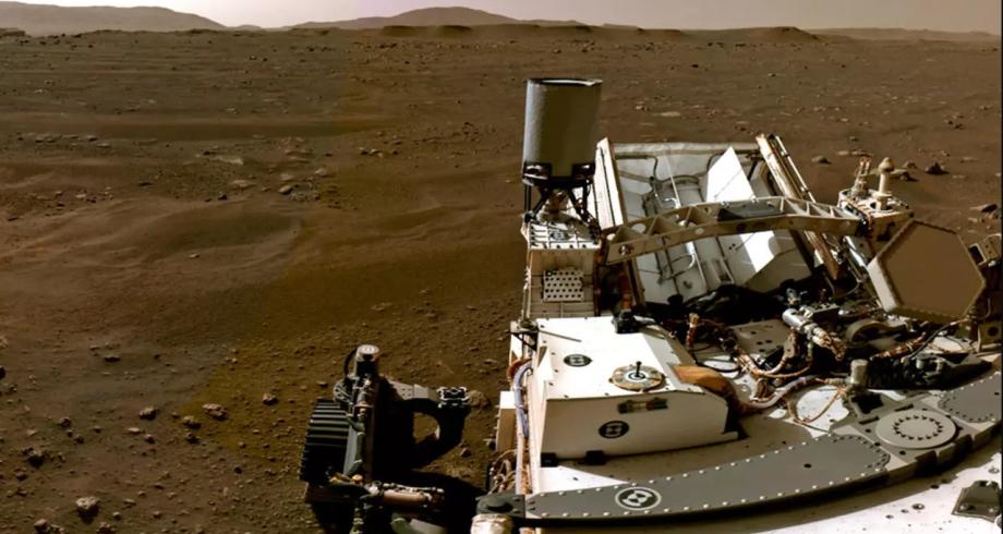 """ناسا تنشر صورة بانورامية عالية الدقة التقطها """"برسيفرنس"""" في المريخ"""