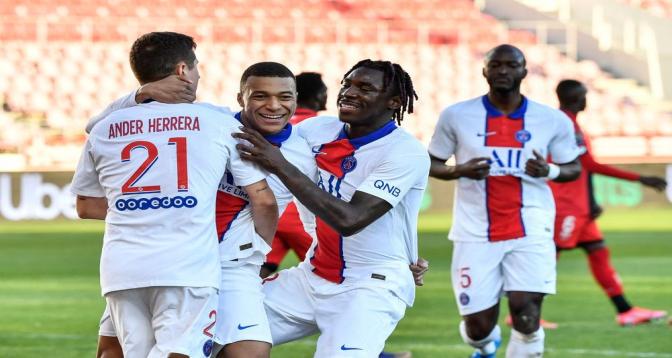 Le Paris SG gagne 4-0 à Dijon avec un doublé de Mbappé