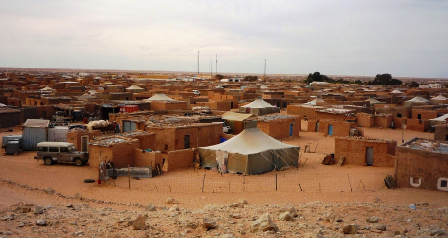 """مجلة إيطالية: مخيمات """"البوليساريو"""" أرض خصبة للتطرف"""