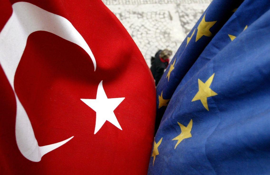 تركيا ترحب بإعلان الاتحاد الأوروبي استعداده لتطوير التعاون معها بشكل تدريجي ومتناسب