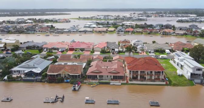 أستراليا.. الأمطار الغزيرة تتسبب في أعنف فيضانات منذ 50 عاما