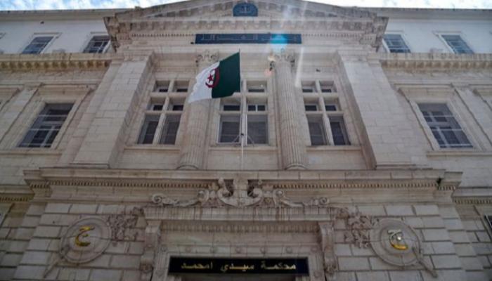 الجزائر ..4 سنوات حبسا نافذا ضد الوالي السابق للبليدة في قضايا فساد