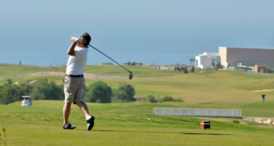 ممارسون لرياضة الغولف يتنافسون بتغازوت دعما للأطفال ذوي التثلث الصبغي