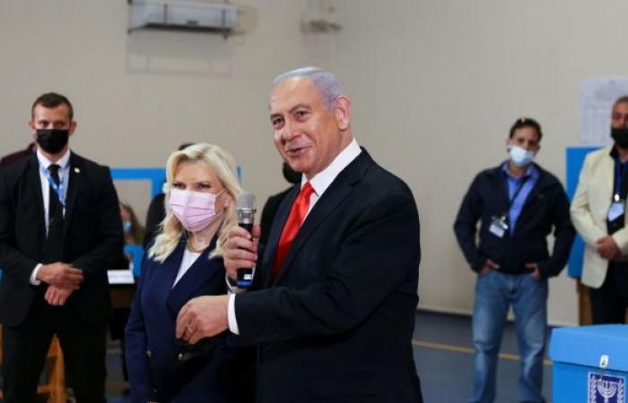إسرائيل...ترقب لنتائج الانتخابات المبكرة في أفق غياب الأغلبية الحاسمة لتشكيل الحكومة